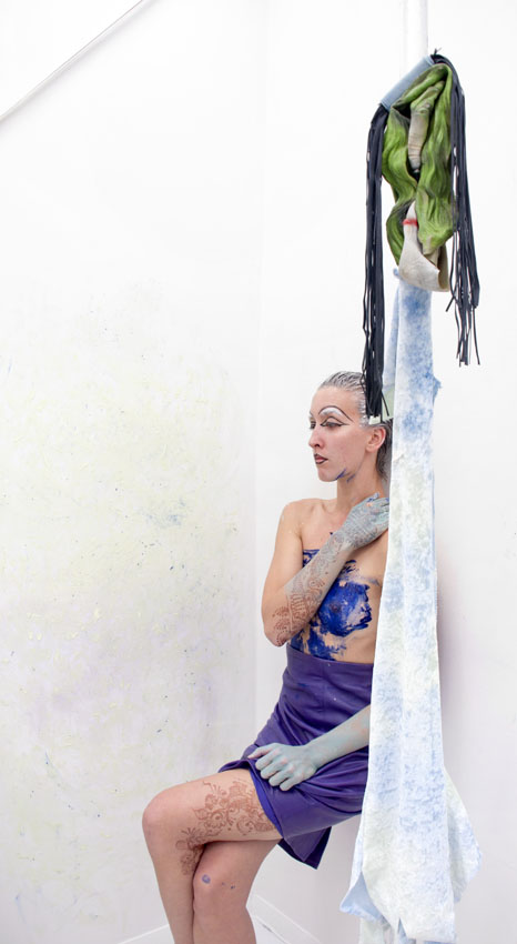 Donna Huanca  SCRYING THREATS